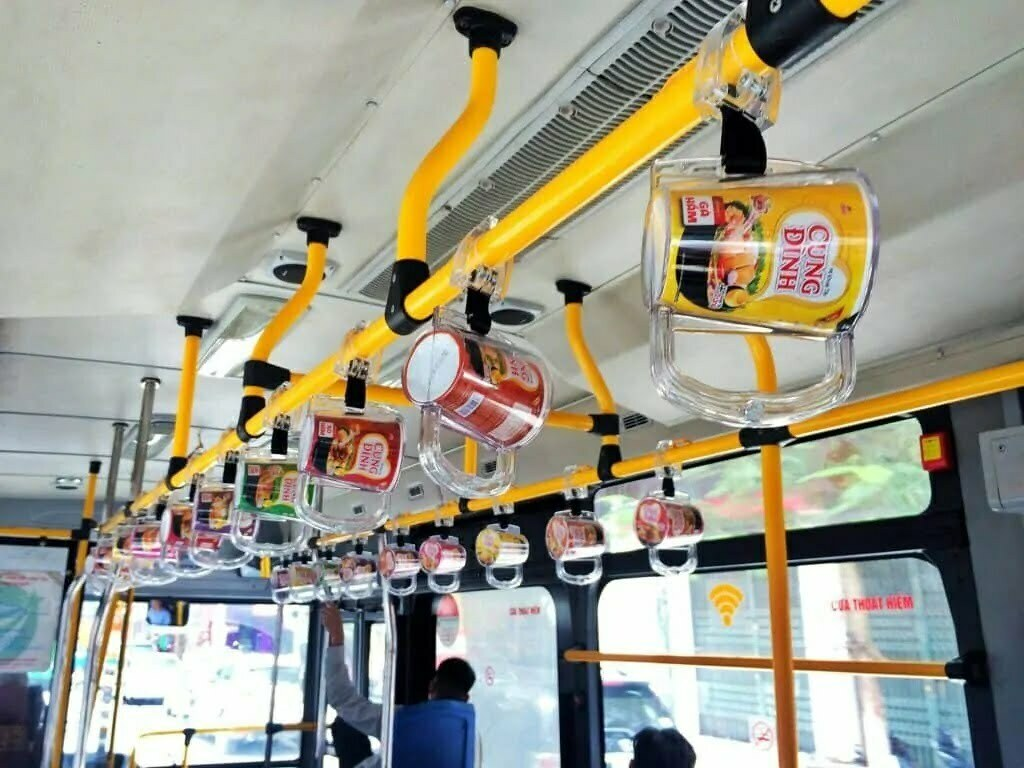Nội dung marketing của mì tôm Cung Đình trên xe bus tại Hà Nội