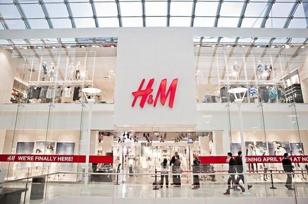 H&M là thương hiệu nổi tiếng thứ 2 thế giới về bán lẻ thời trang
