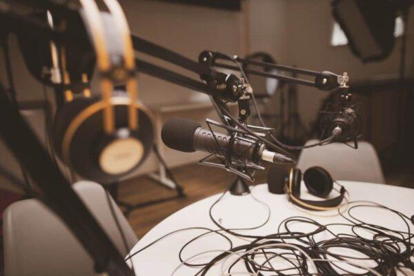 Cắt podcast thành các content dung lượng nhỏ